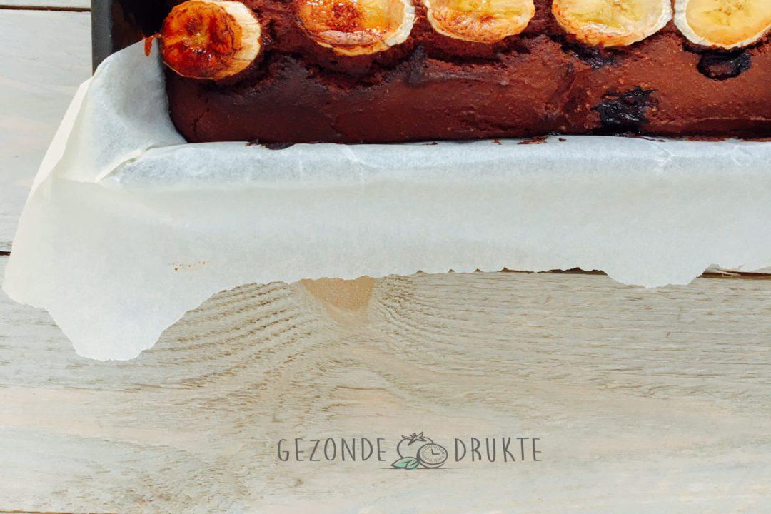 Gezonde chocolade bananen en bessencake. Gezonde Drukte. Kids Proof
