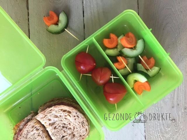 Groentebloemetjes en tomatenhartjes