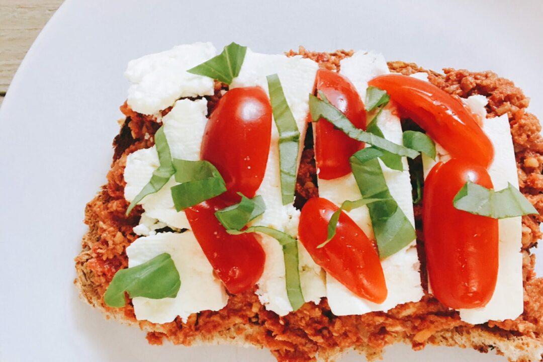 Muhammara broodje gezonde drukte gezond