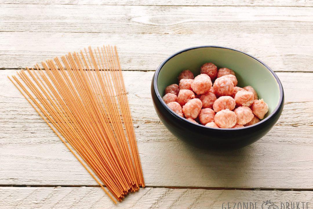 spinnensoep van paprika met zure room gezond gezonde drukte